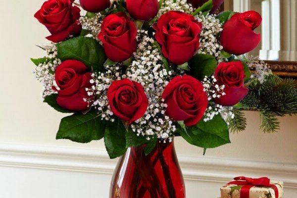 Cách cắm hoa hồng để bàn thờ vừa đơn giản đẹp tinh tế