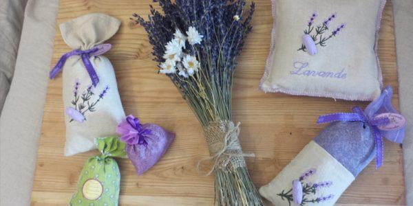 Cách làm túi thơm handmade từ hoa khô siêu đơn giản