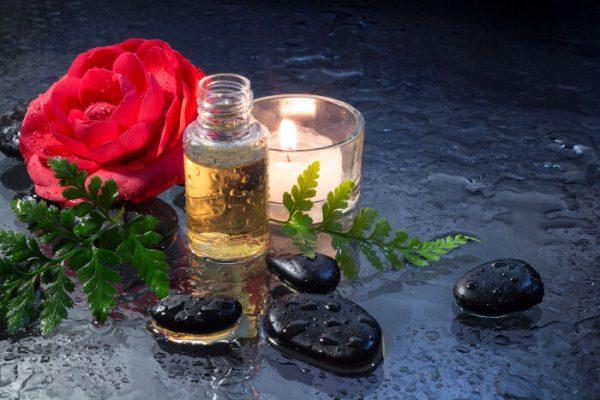 Tác dụng của tinh dầu hoa trà – bí quyết làm đẹp đến từ Nhật Bản